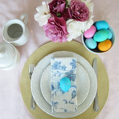 Easy Easter Table Setting